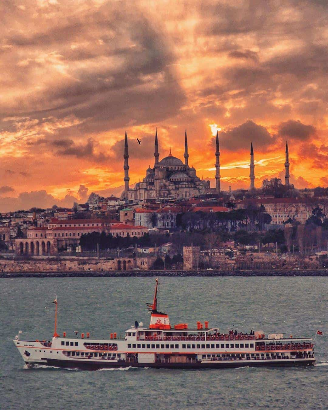 istanbul turkey travel tour skyline sunset topkapi palace